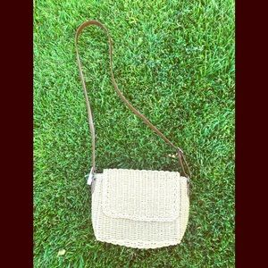 Adorable woven cross body straw bags on sale 💝❤️